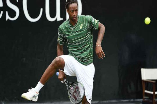 stuttgart-2015-wednesday-monfils.jpg
